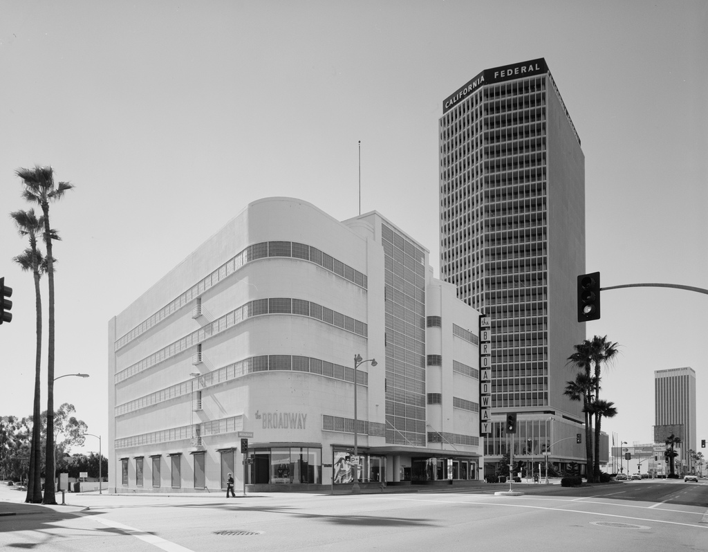 Coulter's Department Store, Miracle Mile, later The Broadway Wilshire